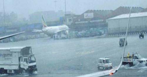 Passengers stranded as Dubai-Mumbai flights delayed